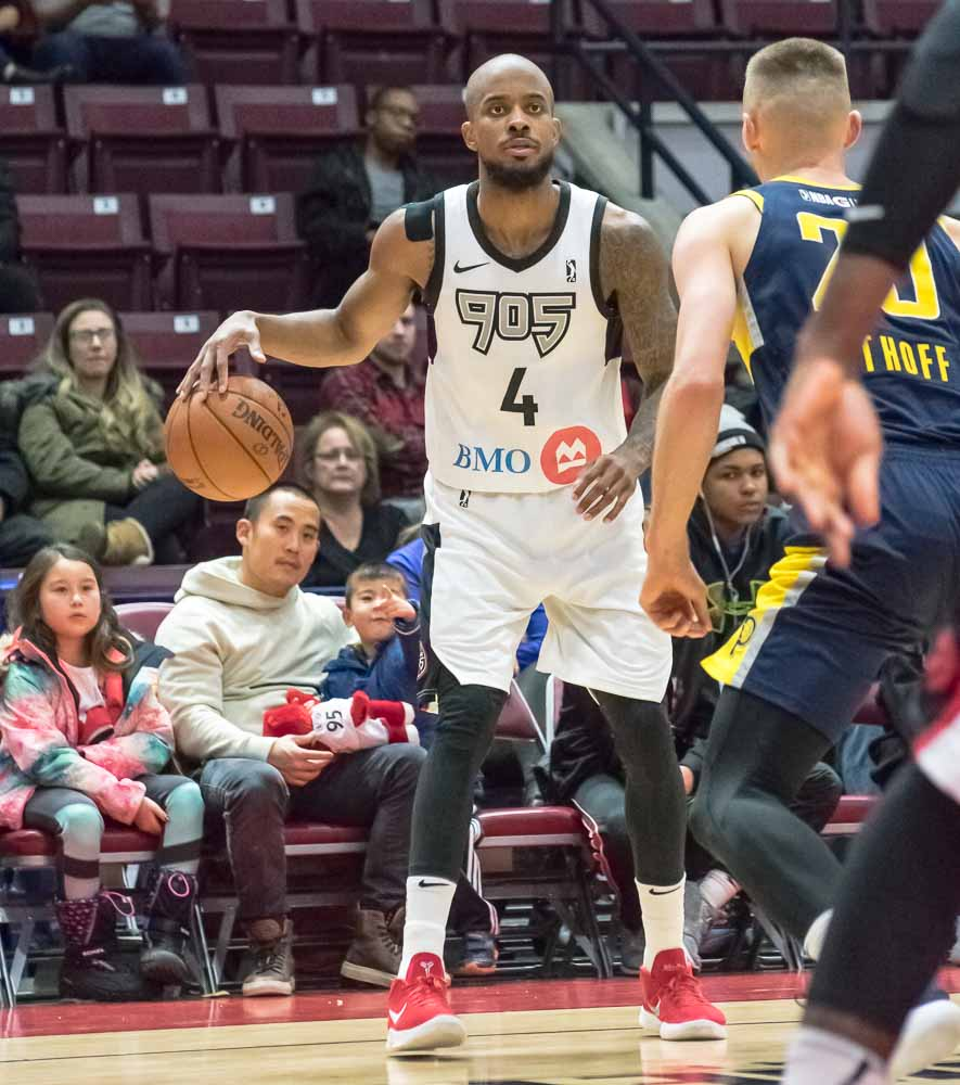 Raptors 905 dominate the Mad Ants 113-95, led by Lorenzo Brown's 28pt outburst