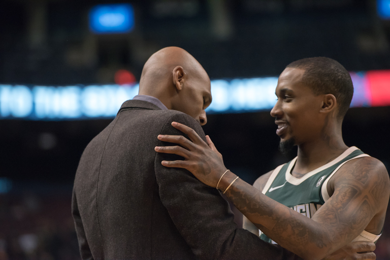 Brandon Jennings firepower not enough to take down the surging 905 in 129-119 victory